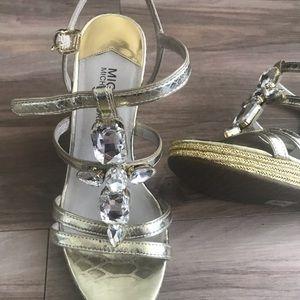 Michael kors gold wedge shoe 6